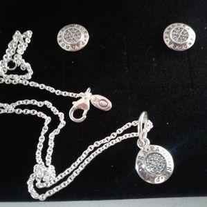 3 piece authentic Pandora signature necklaces set